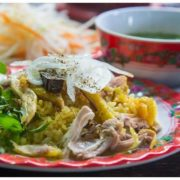 Why people would like to taste Hoi An chicken rice